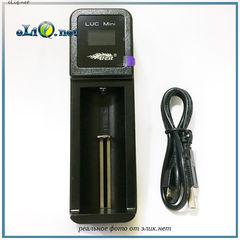 Efest LUC Mini универсальное интеллектуальное  зарядное устройство
