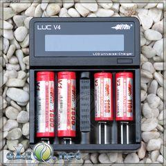 Efest LUC V4 2Amp/ Интеллектуальное цифровое зарядное устройство
