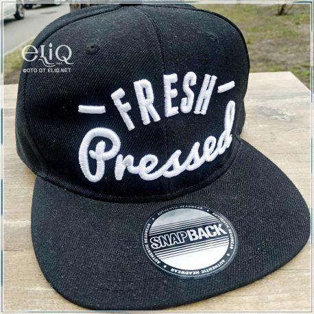 FreshPressed Snapback - Кепка снепбек от Fresh Pressed. Мерч